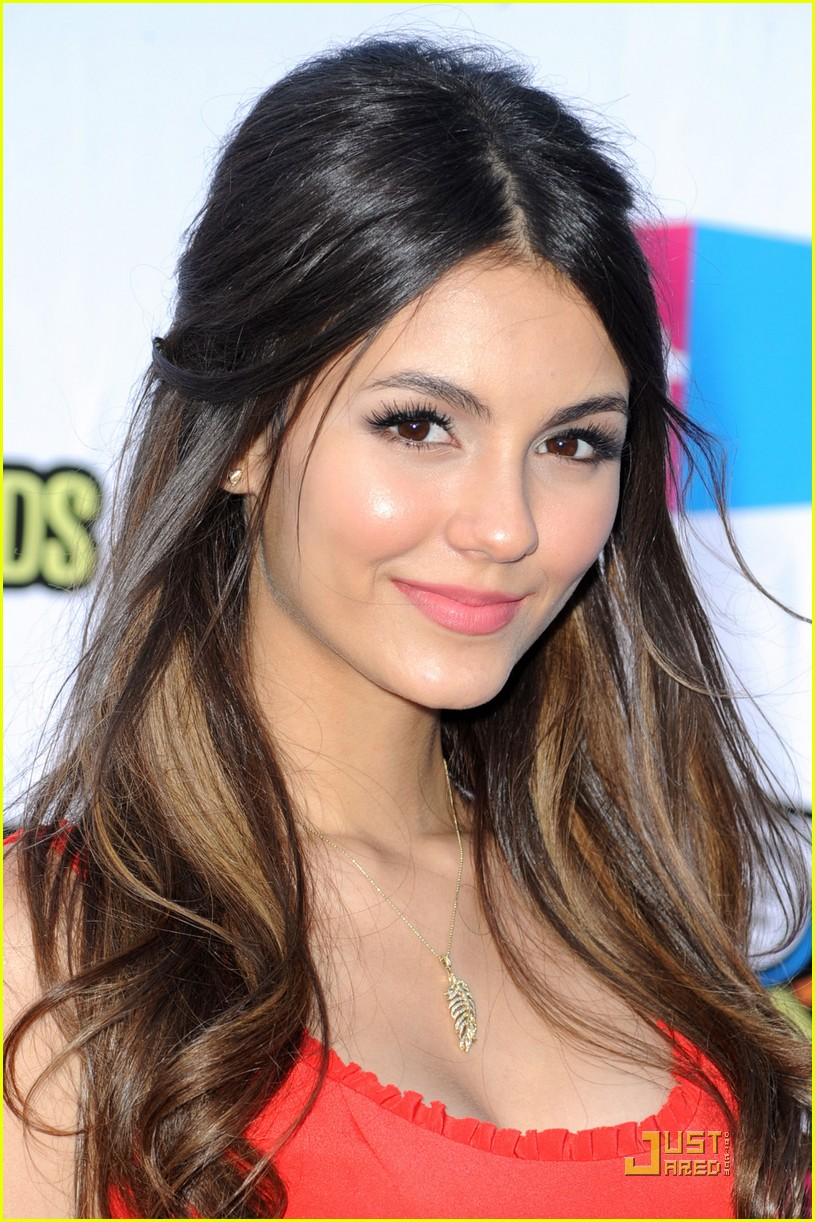 victoria justice do something awards 09