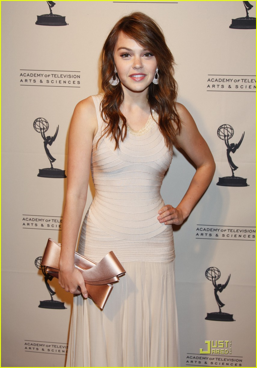 aimee teegarden writers peer emmys 04