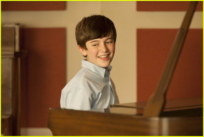 greyson chance raising hope stills 03