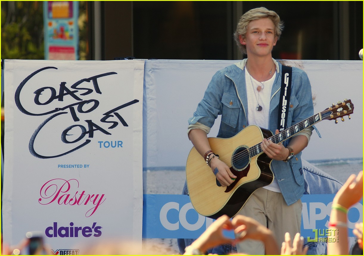 cody simpson orange concert 04