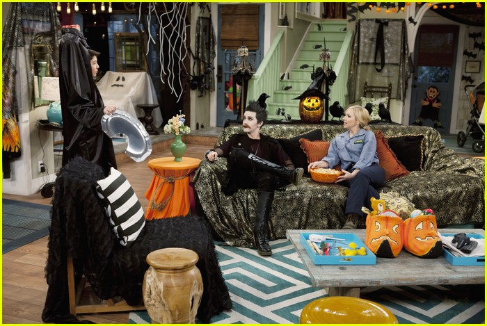 jason dolley goth halloween 15