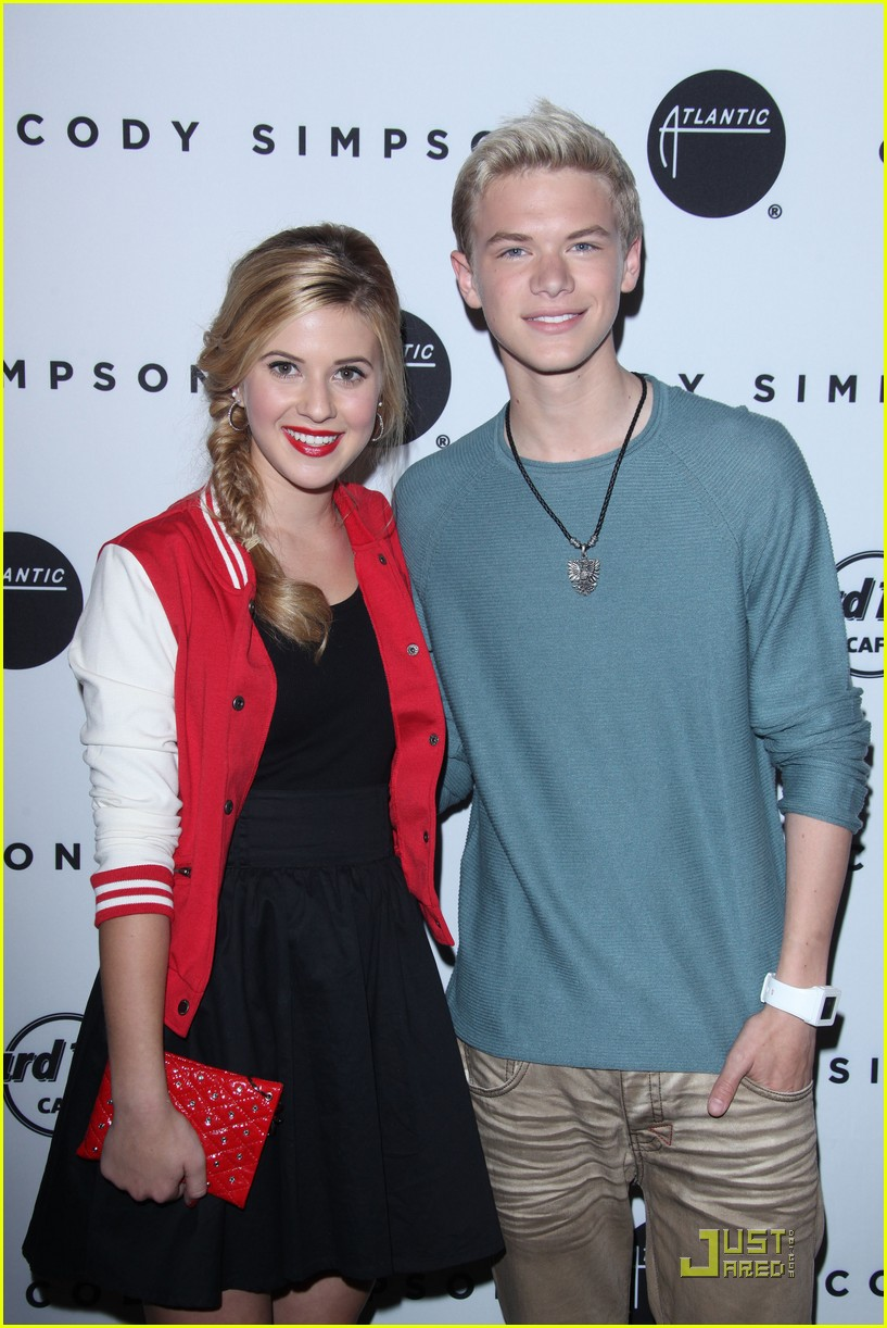 hailee steinfeld cody simpson release party 03