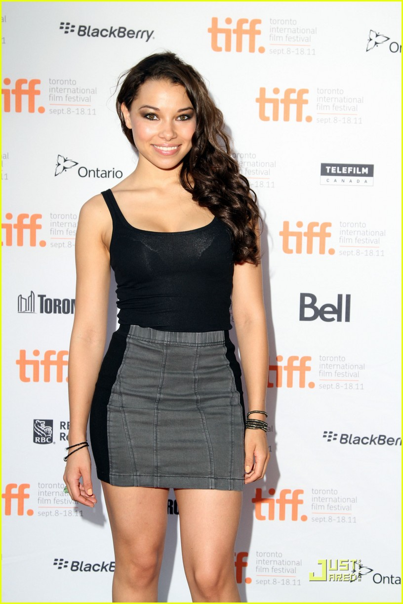 jessica parker kennedy 5050 04