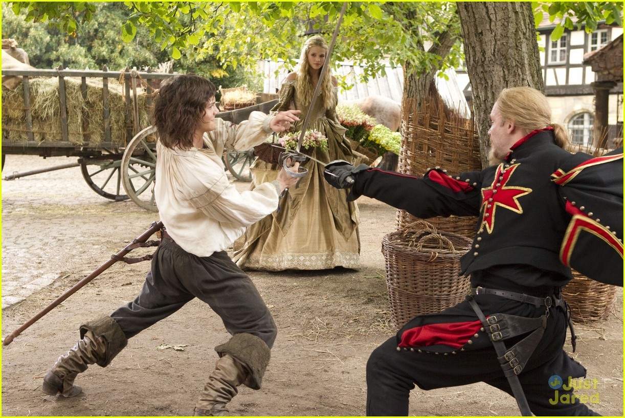 logan lerman musketeer pics 04