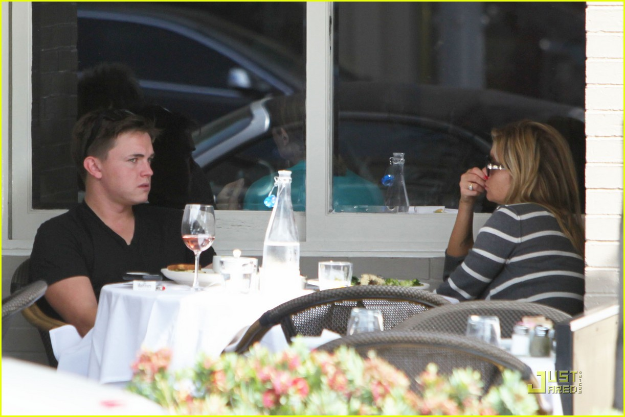 jesse mccartney lunch 04