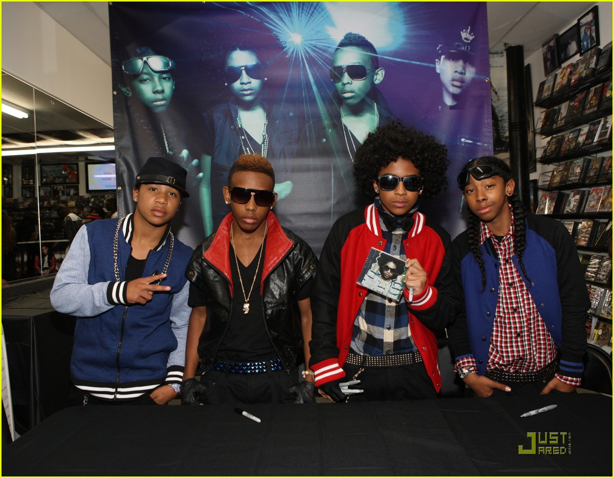 mindless behavior brooklyn performance 01
