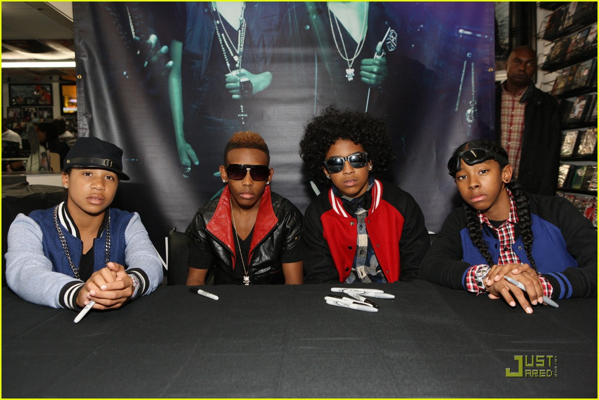 mindless behavior brooklyn performance 06