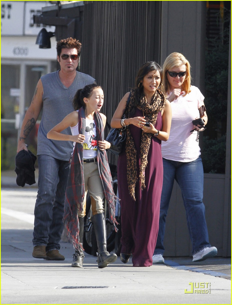 brenda song cyrus family 05