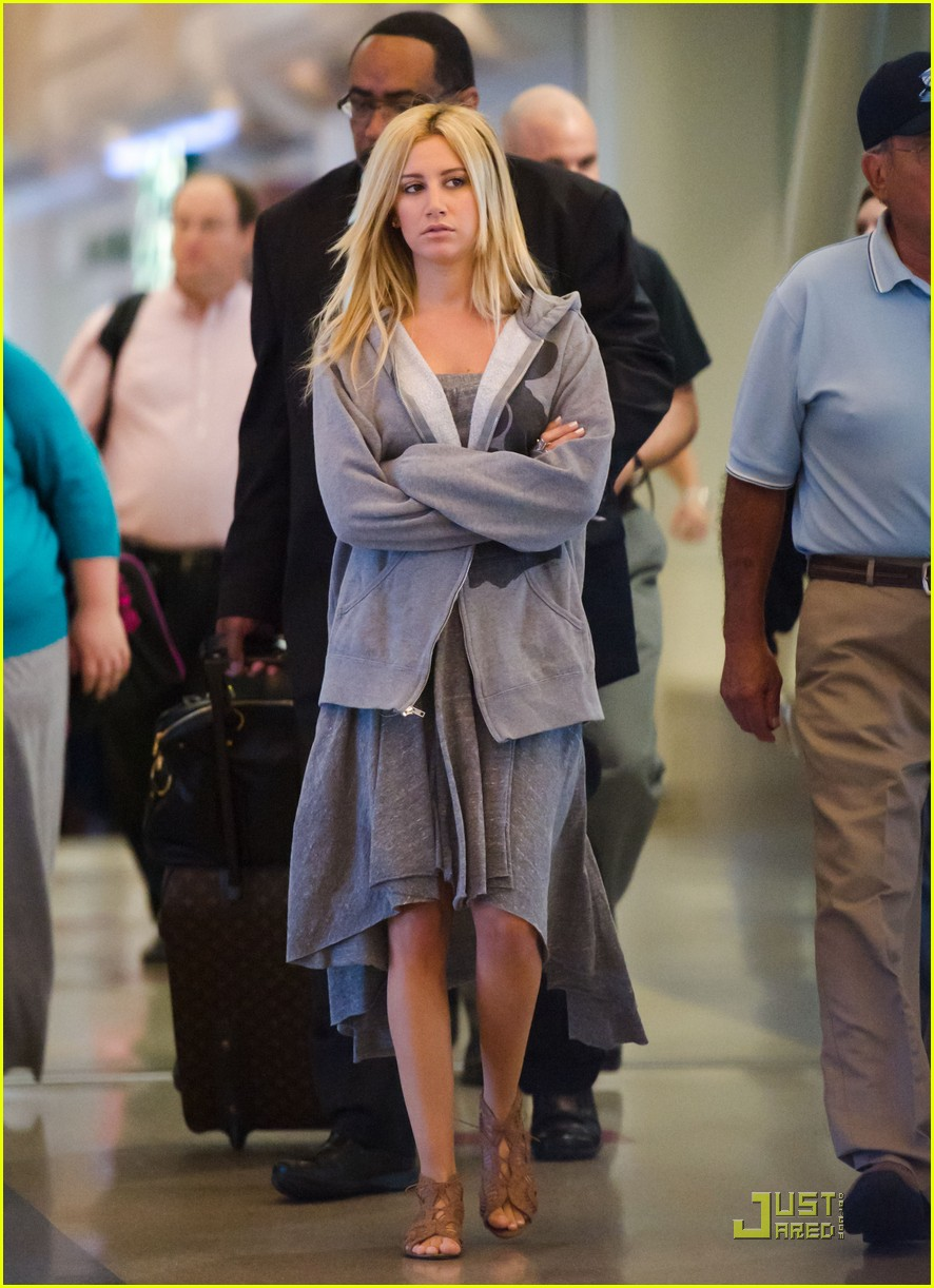 ashley tisdale miami morning 07