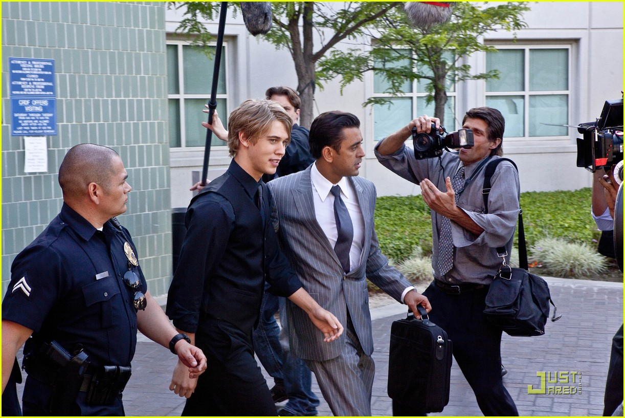 yin chang austin butler bling ring 09