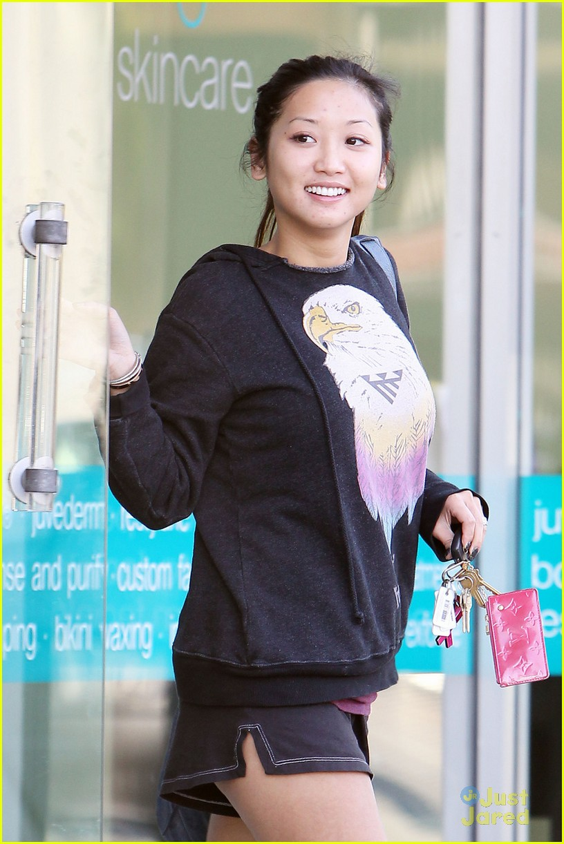 brenda song engaged 03