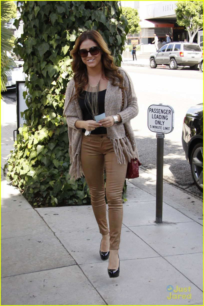 cassie scerbo ivy lunch 05