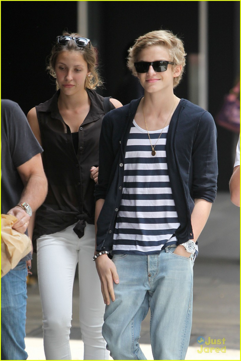 cody simpson stripes sydney 02
