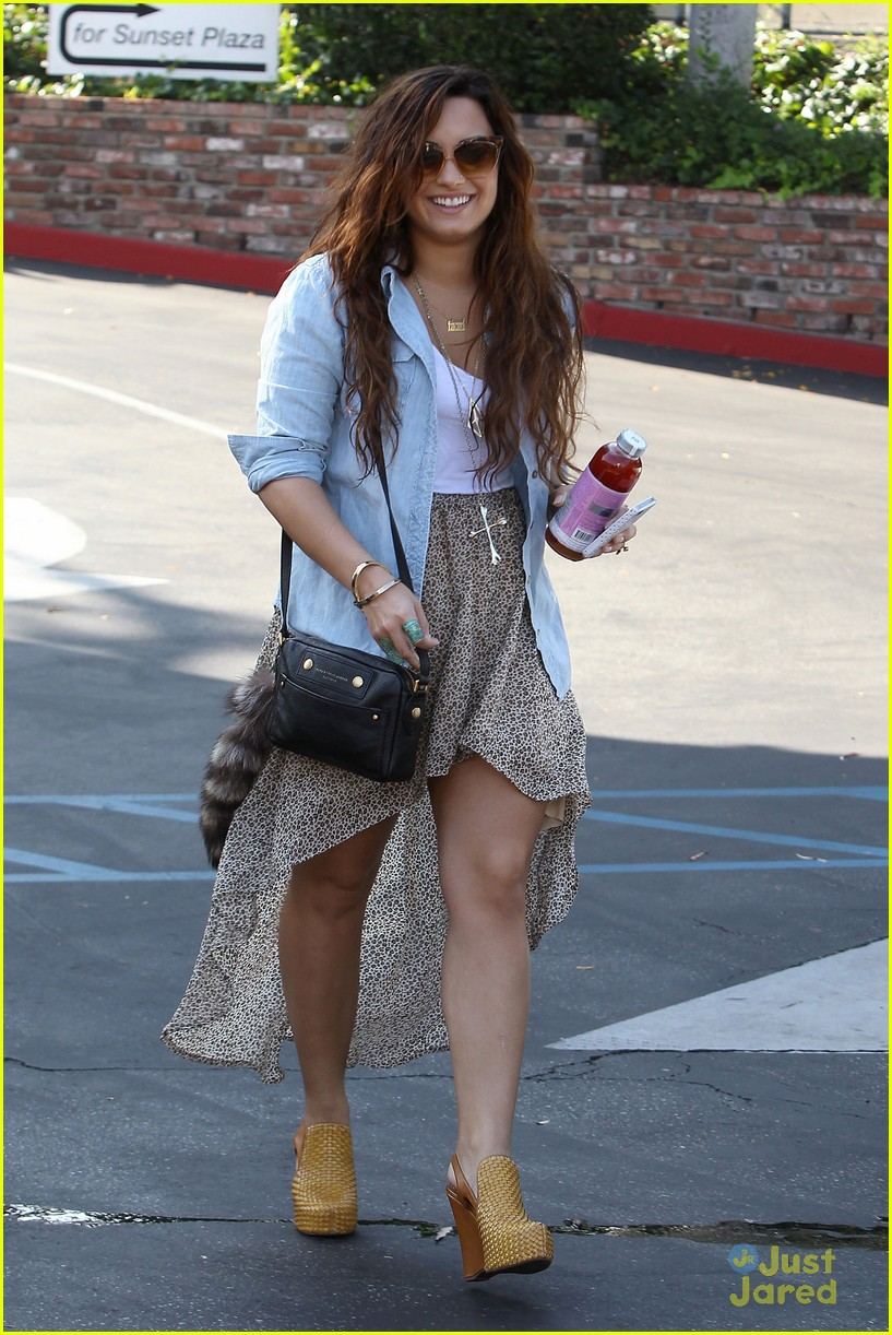 Demi Lovato BCBG Bridesmaid Fitting | Photo 442870 - Photo Gallery | Just Jared Jr.