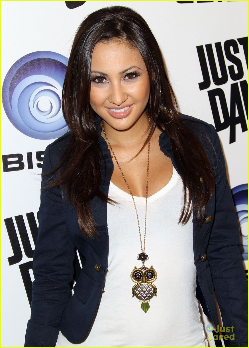 francia raisa just dance 04