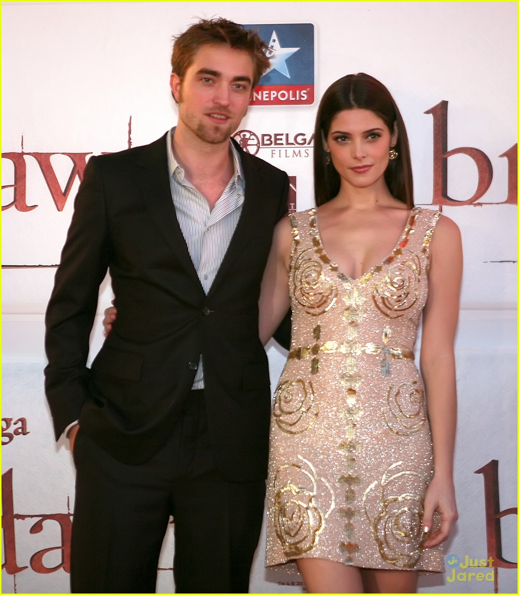 ashley greene rob pattinson brussels 17