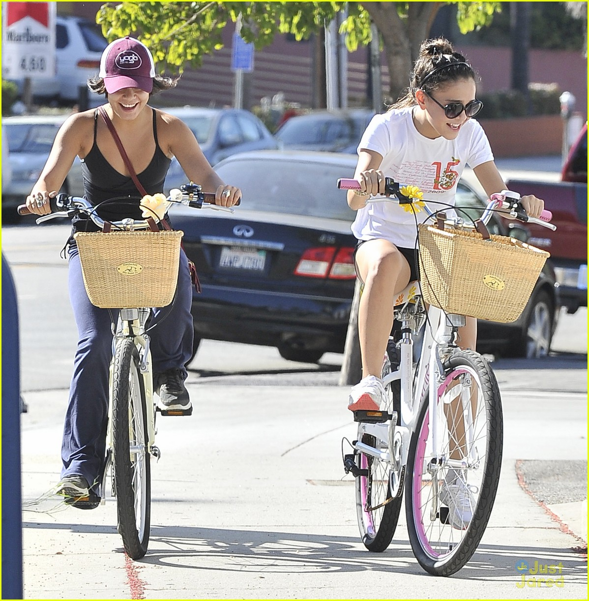 vanessa hudgens bike ride stella 01