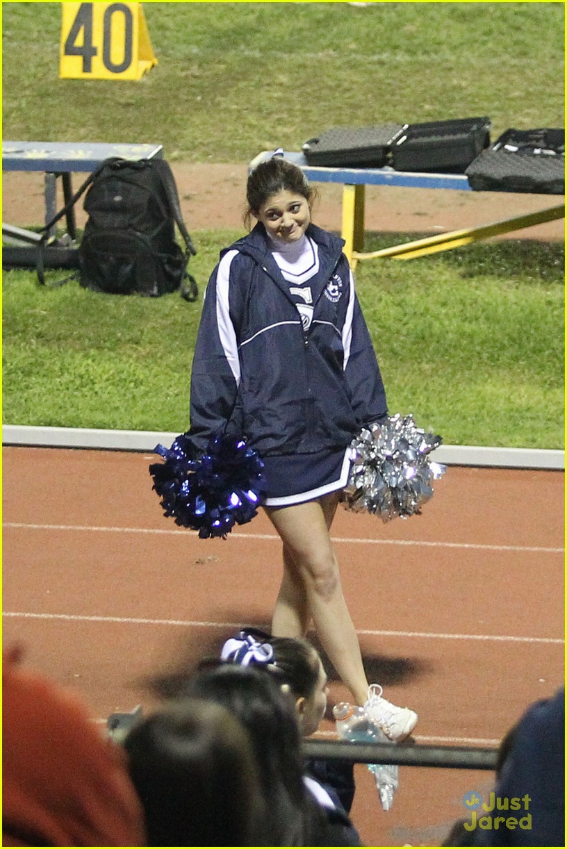 kendall kylie jenner poms 01