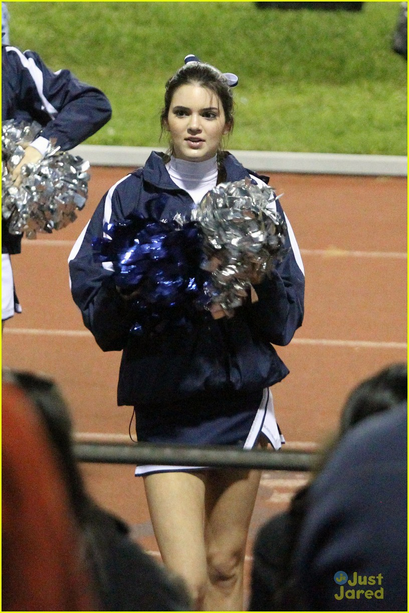 kendall kylie jenner poms 03
