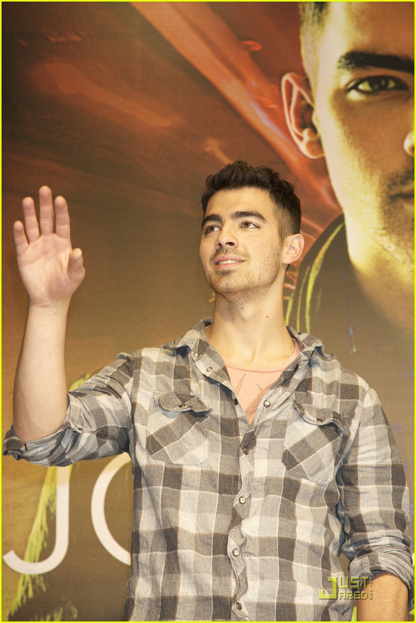 joe jonas madrid 27