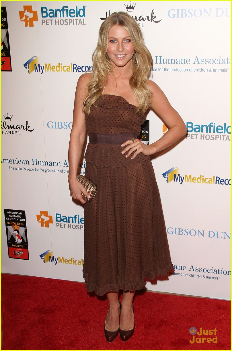 julianne hough hero dog awards 17