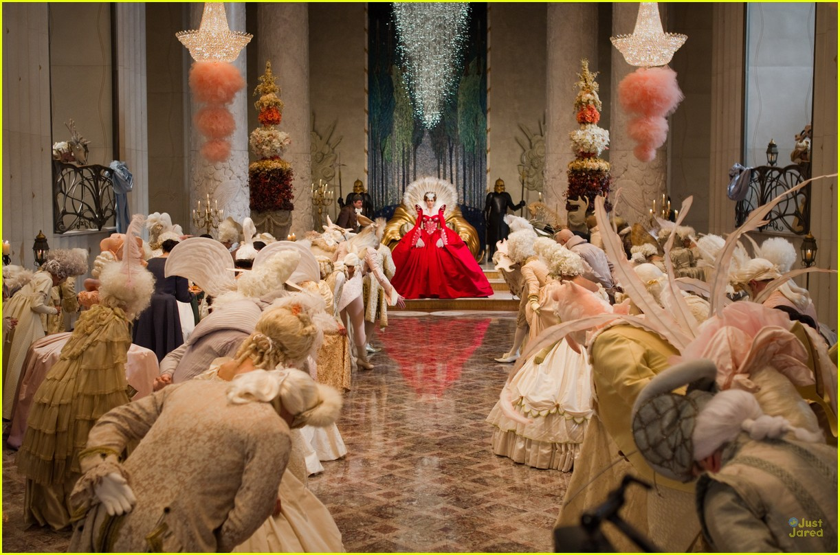 snow white first look 10