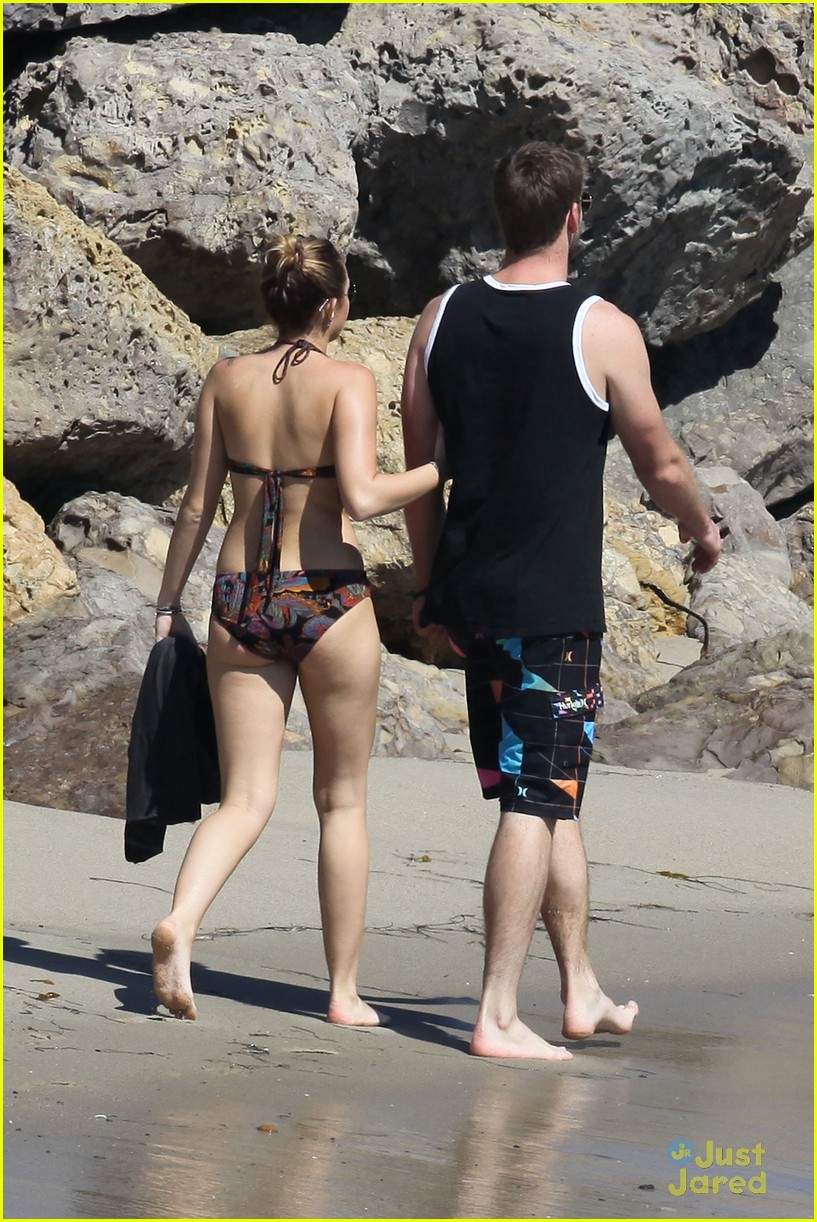 miley cyrus liam hemsworth malibu 11