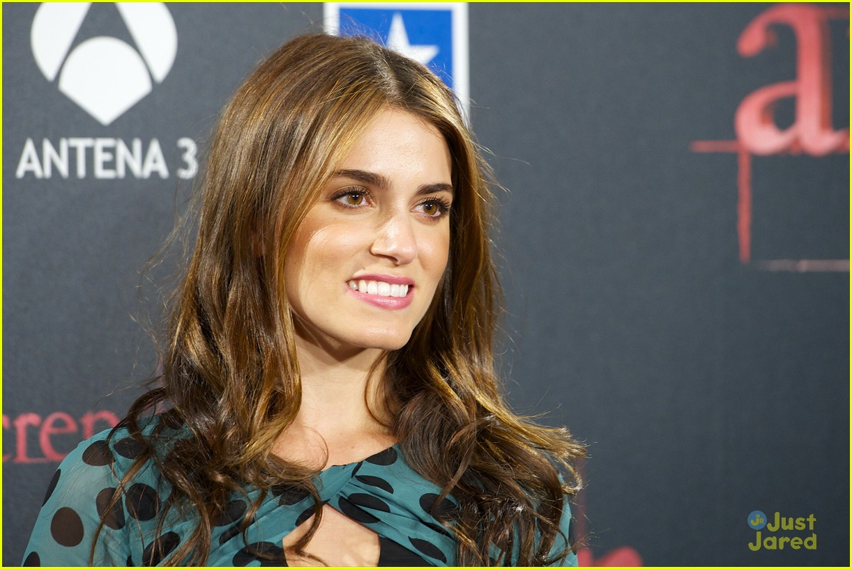 nikki reed rathbone spain premiere 19