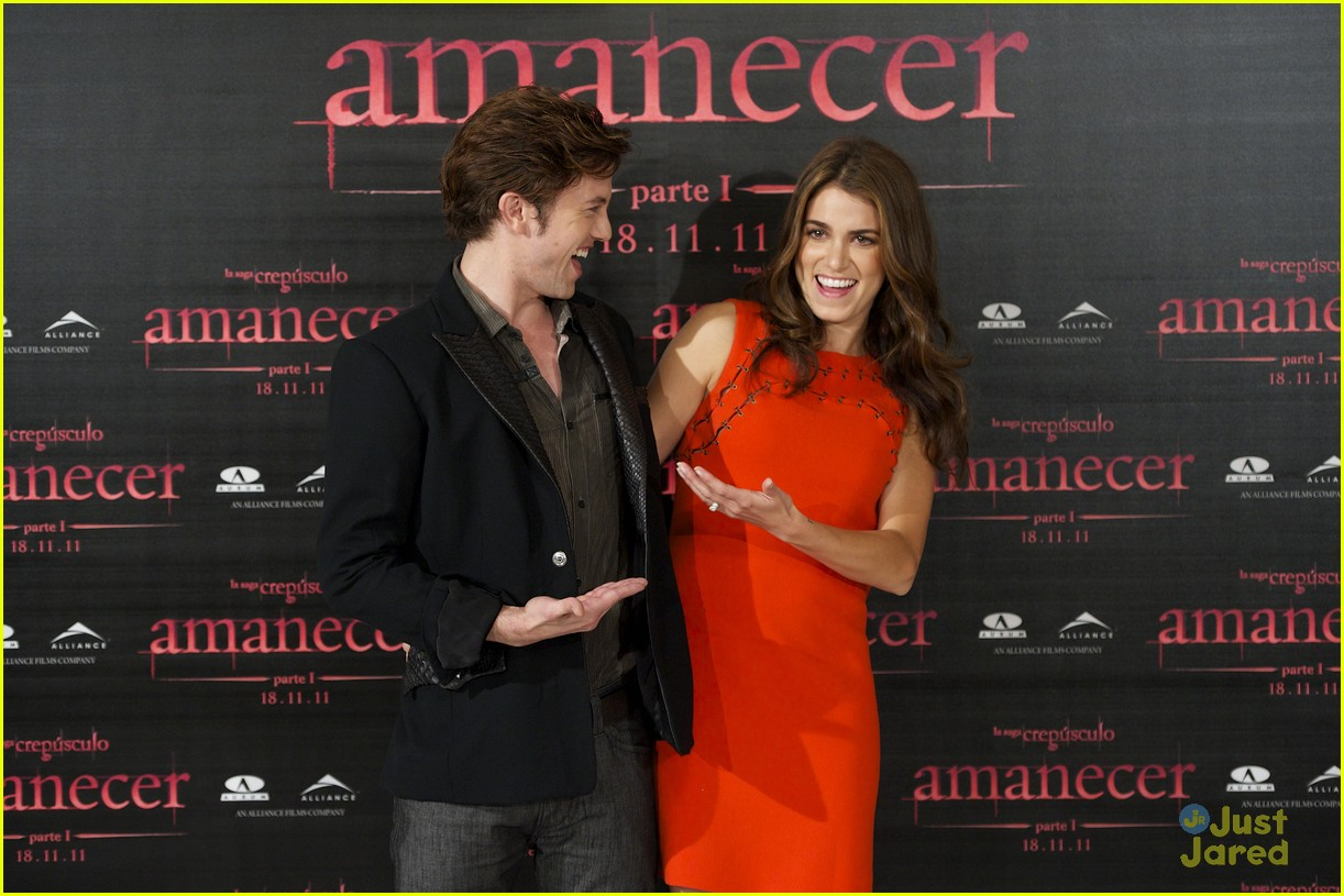 nikki reed jackson rathbone madrid 09