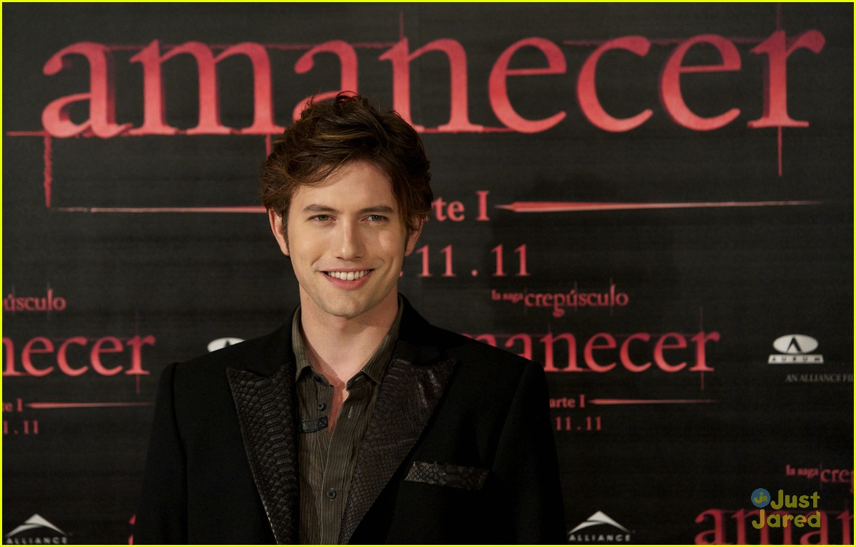 nikki reed jackson rathbone madrid 20
