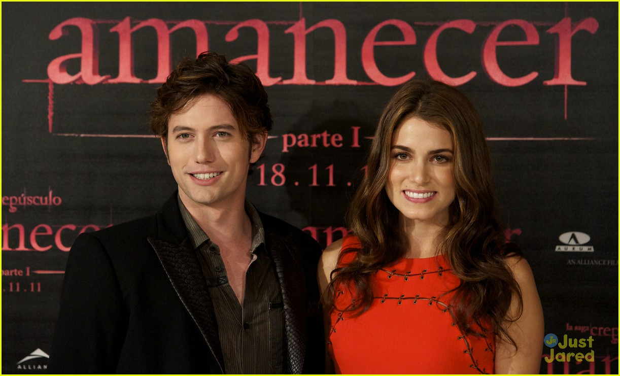 nikki reed jackson rathbone madrid 21