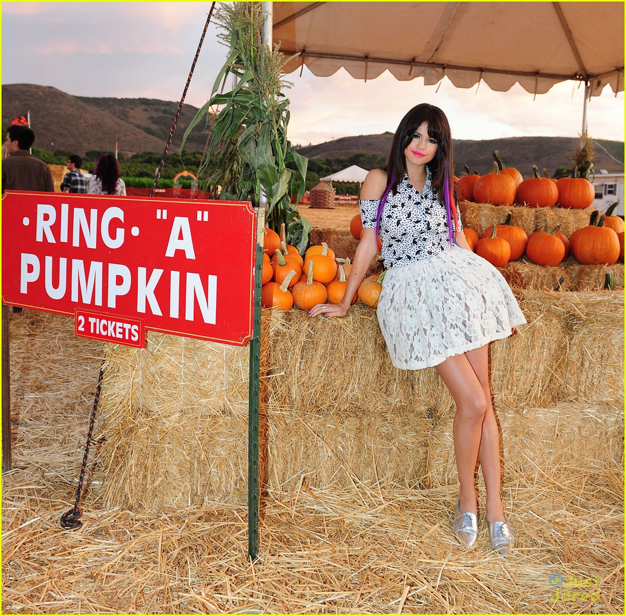selena gomez pumpkin patch 10