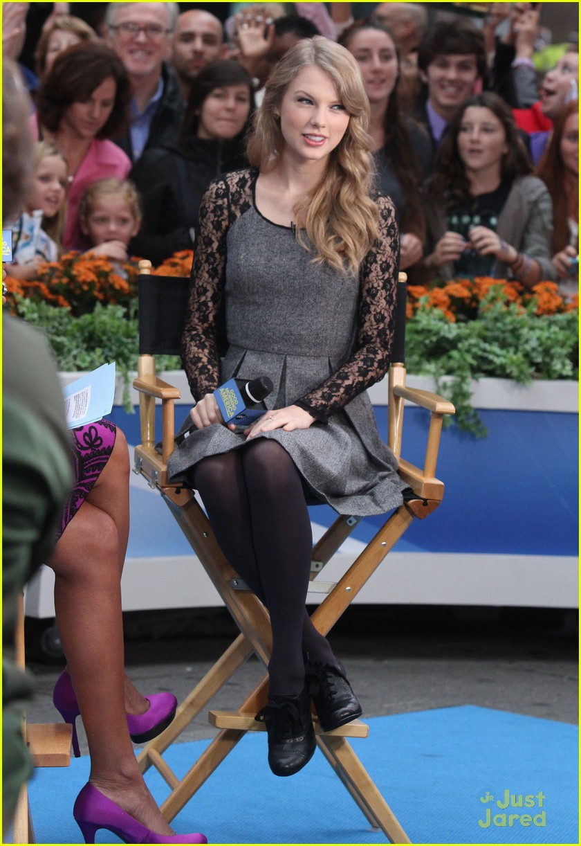 taylor swift gma stop 02