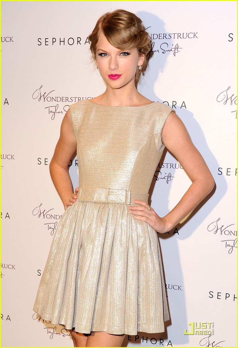 taylor swift wonderstrucklaunch 03