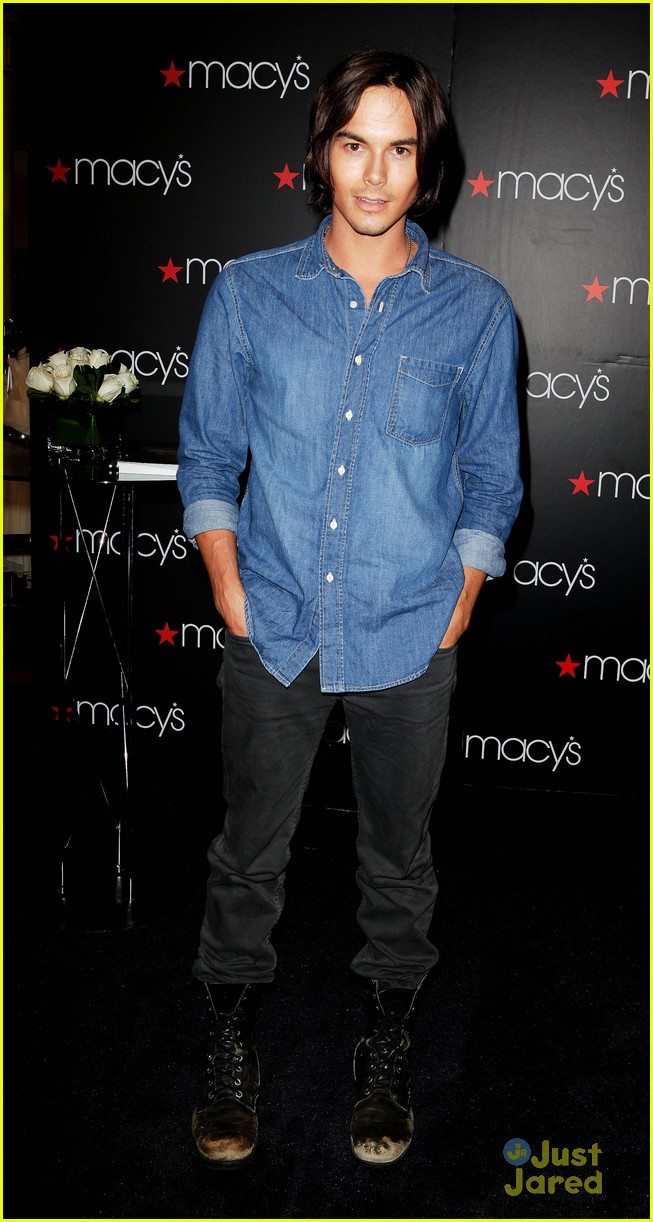 tyler blackburn macys wendy 09