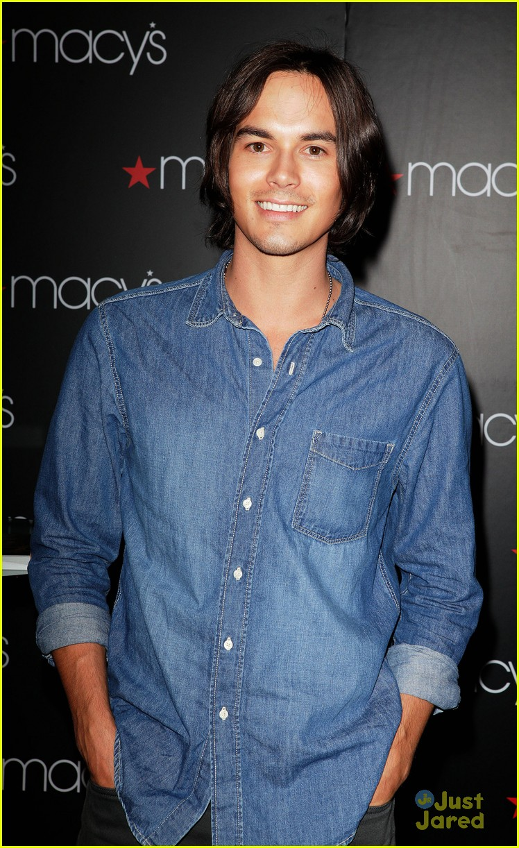 tyler blackburn macys wendy 10