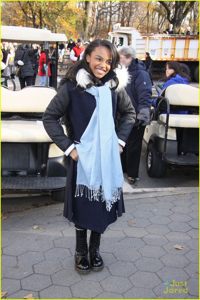 china mcclain macys thanksgiving parade 03