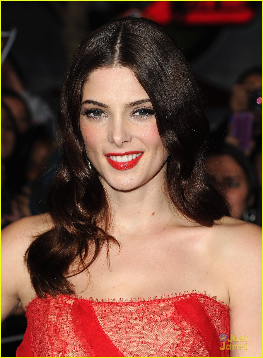 ashley greene bd premiere 07