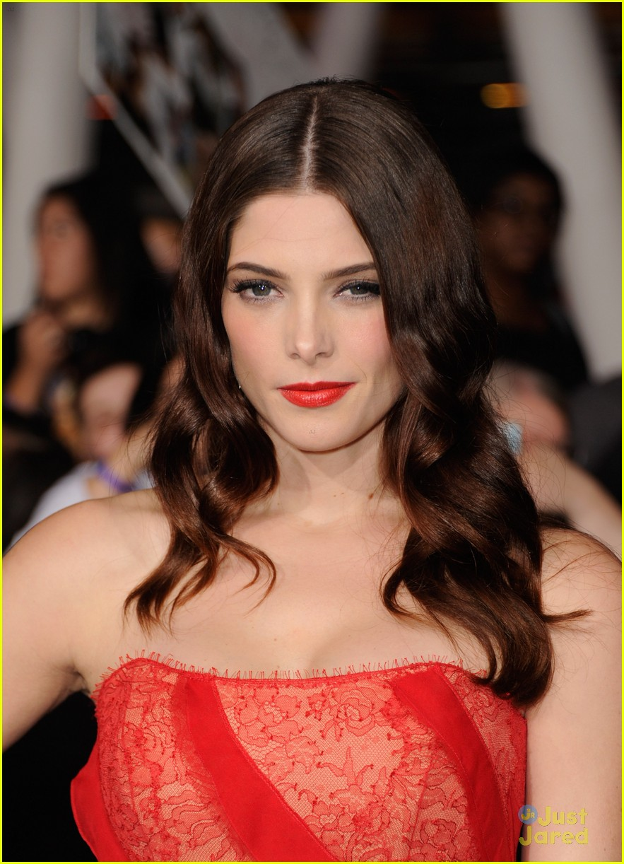 ashley greene bd premiere 09