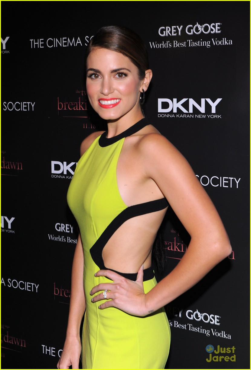 ashley greene nikki reed bd nyc 16