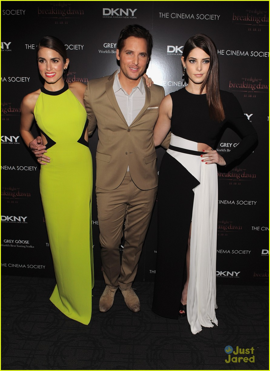 ashley greene nikki reed bd nyc 17