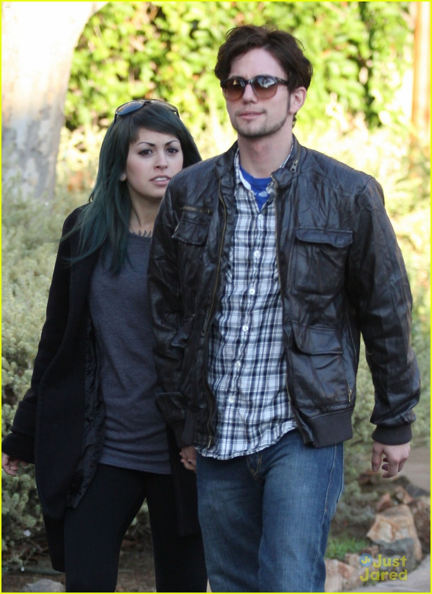 jackson rathbone girlfriend grove 09