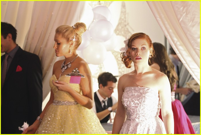 jane levy pretty pink 01