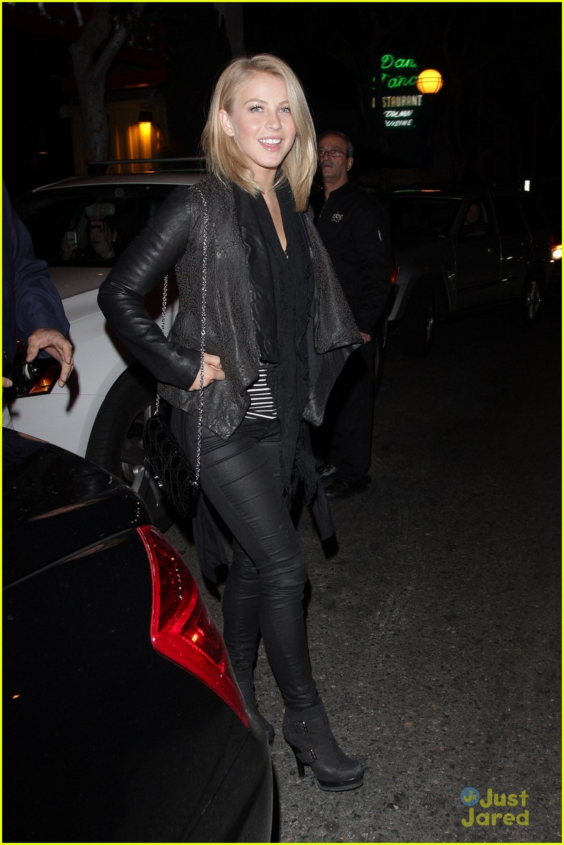 julianne hough dinner vetro 01