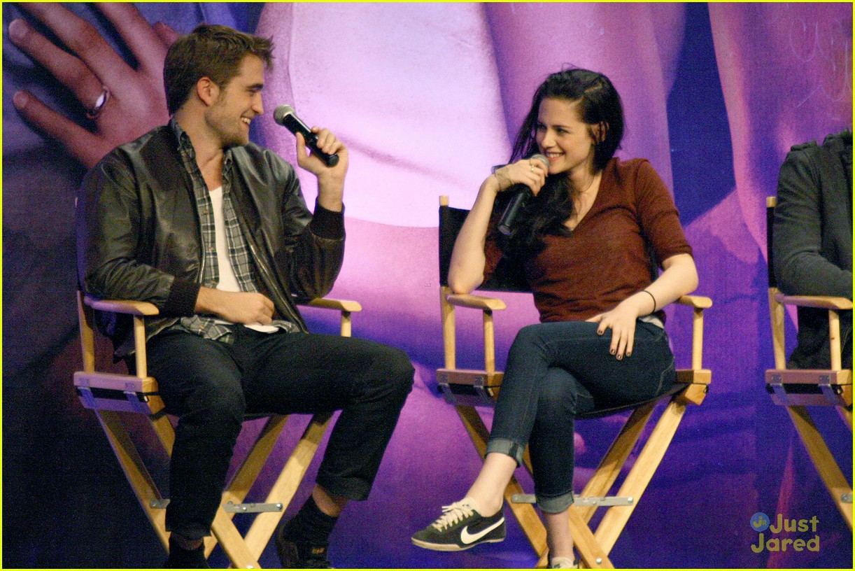 kristen rob taylor twi convention 03