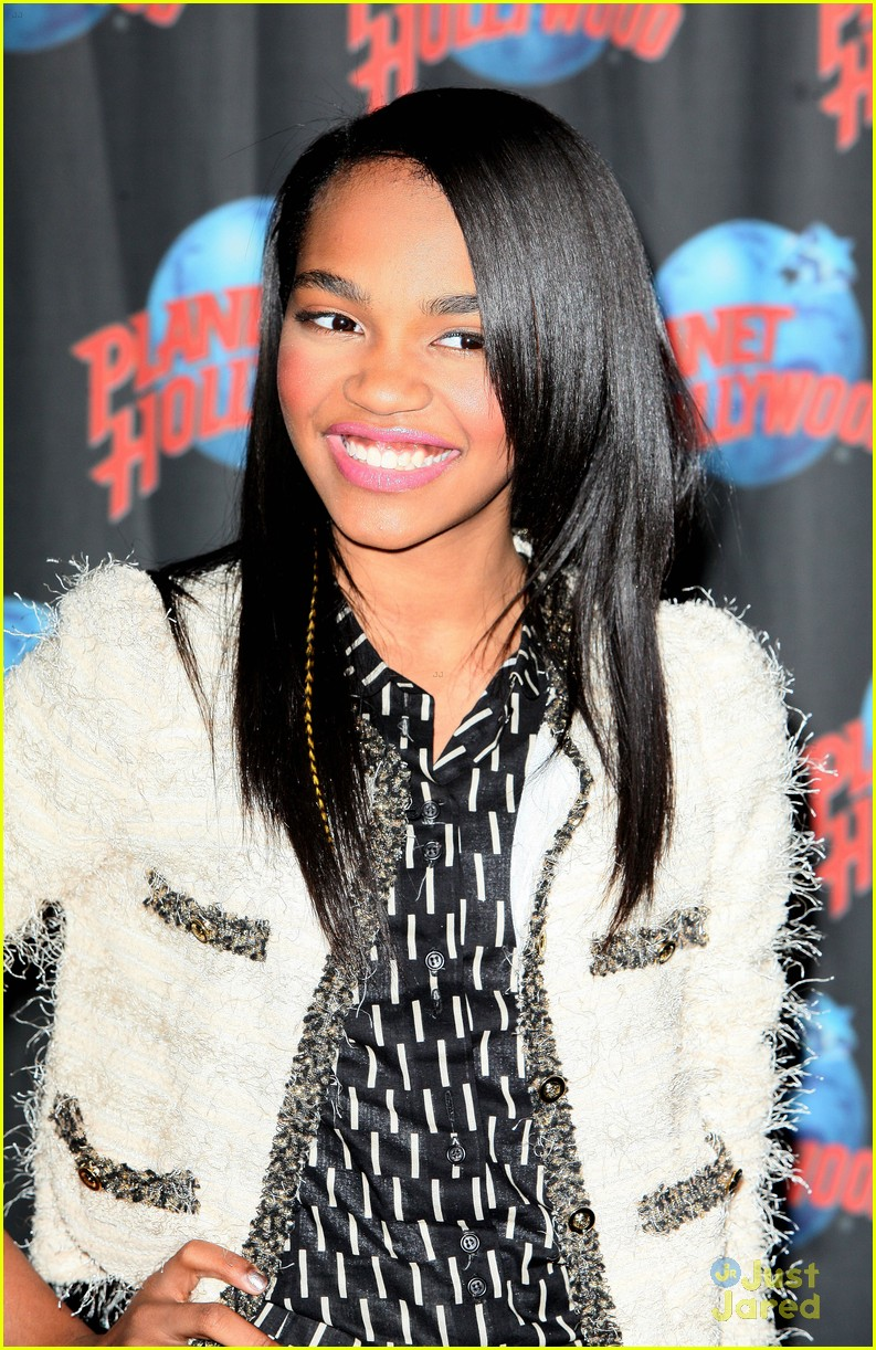 china anne mcclain planet hollywood  16