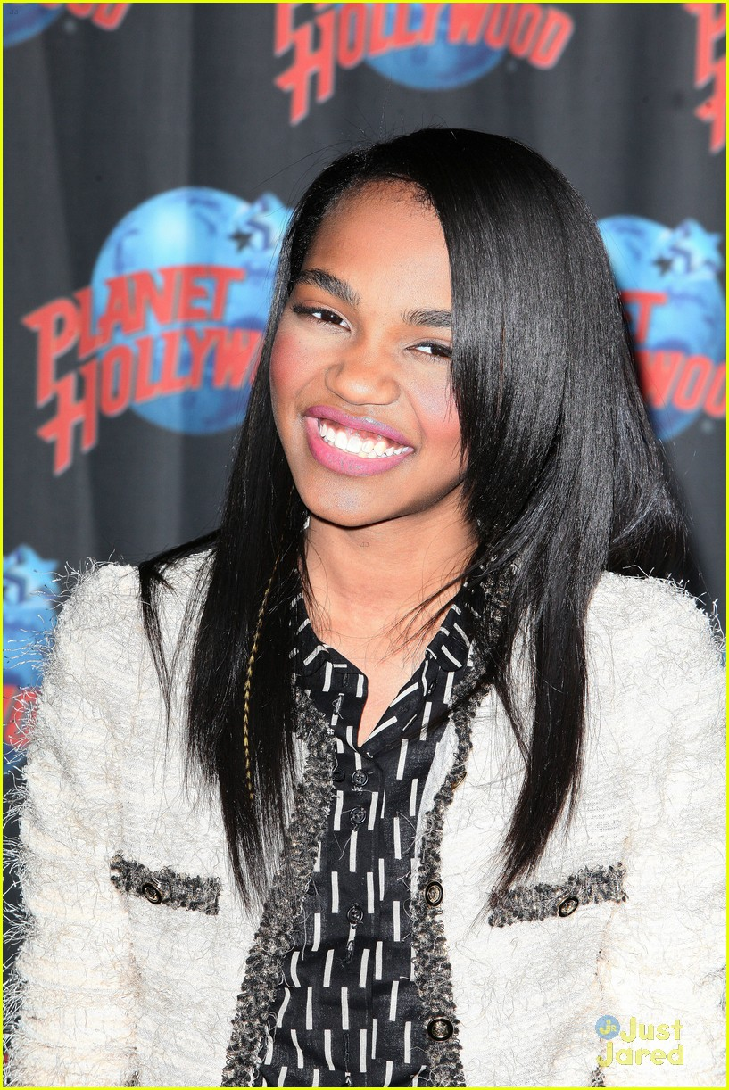 china anne mcclain planet hollywood  17