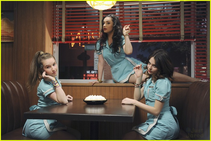 molly ephraim want some pie 06