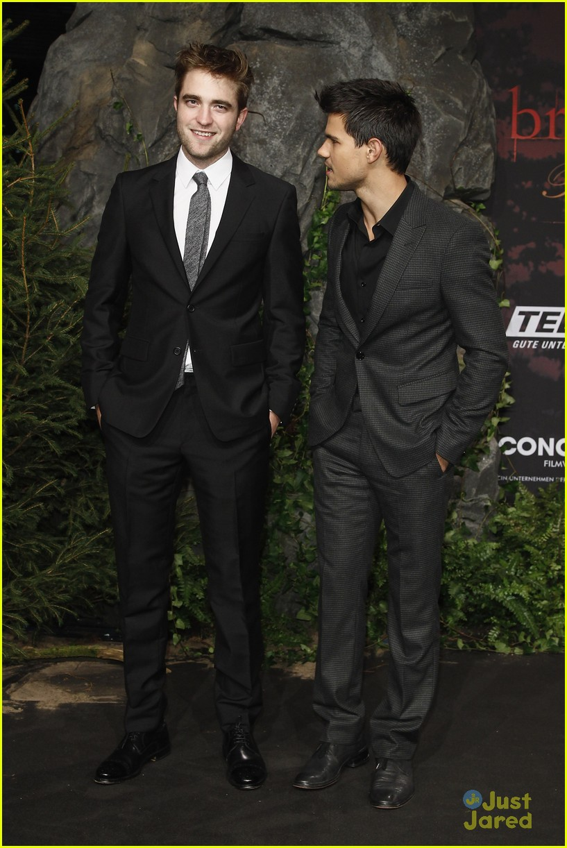 robert pattinson taylor lautner berlin 15