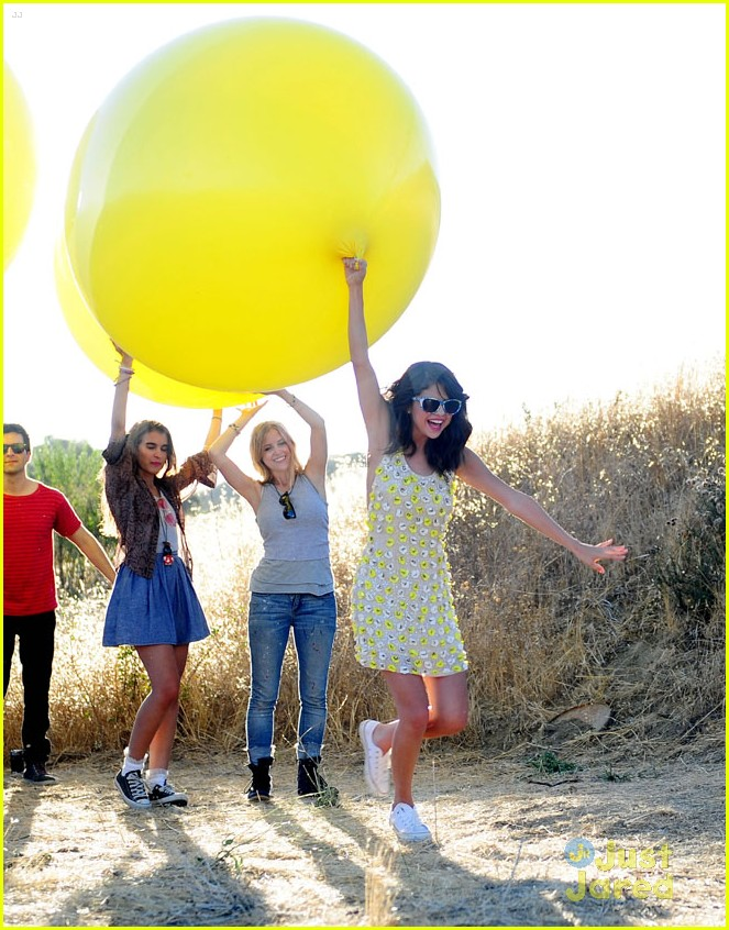 selena gomez lights video shoot 03